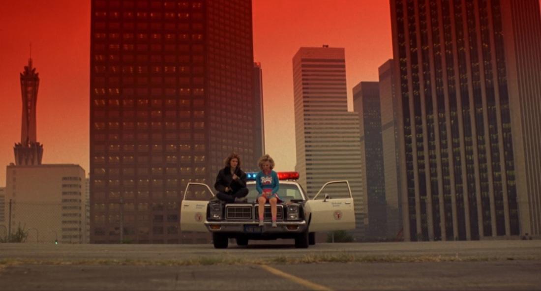 Night of the Comet (1984) Catherine Mary Stewart Kelli Maroney LA Cop Car
